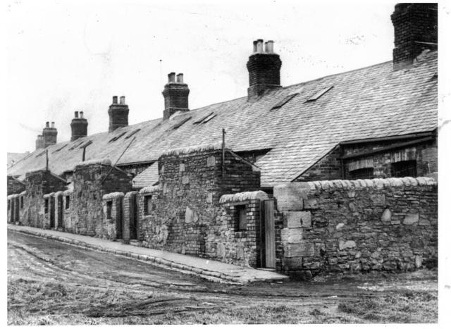 marsden village - lindsay street